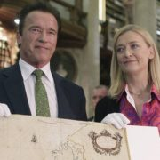 Arnie calls for more 'sexy' environmentalism
