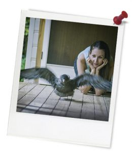 blue_jennifer_looking_at_bird_1-537-1_photoframe